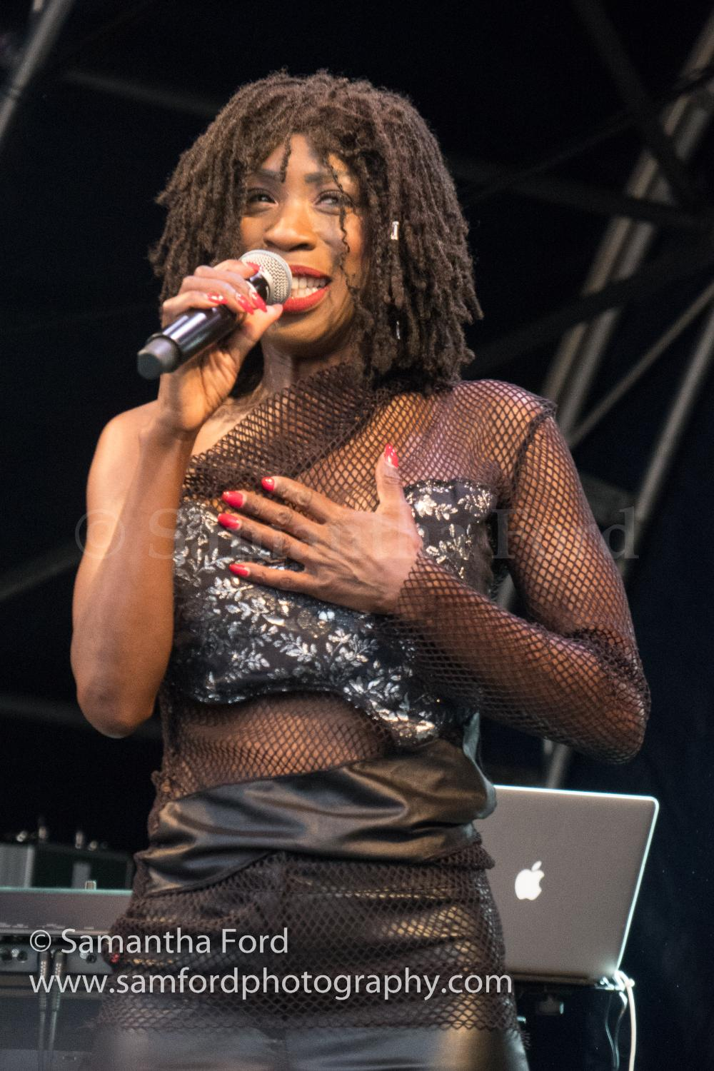 Heather Small M People